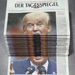 素晴らしい新聞の積み重ね方