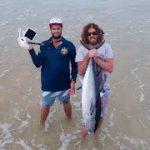 ドローンを使った浜からのマグロ一本釣り