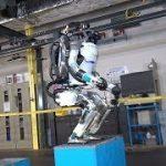 """バック転できるヒト型ロボット""""Atlas"""""""