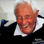 「もう人生を続けたくない」 104歳の豪科学者がスイスで自死