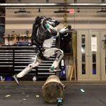 2足歩行ロボ「Atlas」がまたまた進化して、忍者スポーツ「パルクール」に挑戦