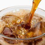 人工甘味料添加飲料の摂取量が多いと卒中・認知症リスク増大の可能性