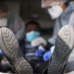 靴底もコロナウイルスを運ぶ!