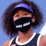 大坂なおみは、USオープンでAhmaud Arberyの名前入りのマスクをつけて勝ち続ける